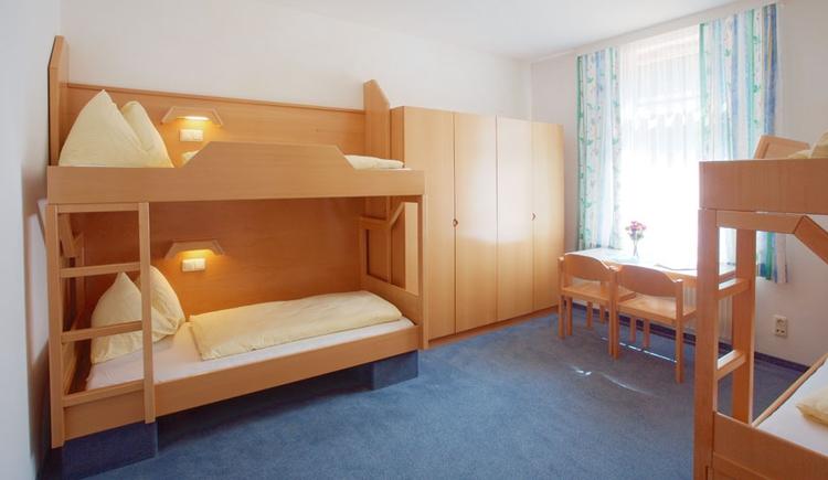 Vierbettzimmer (© Jugendgästehaus Bad Ischl)