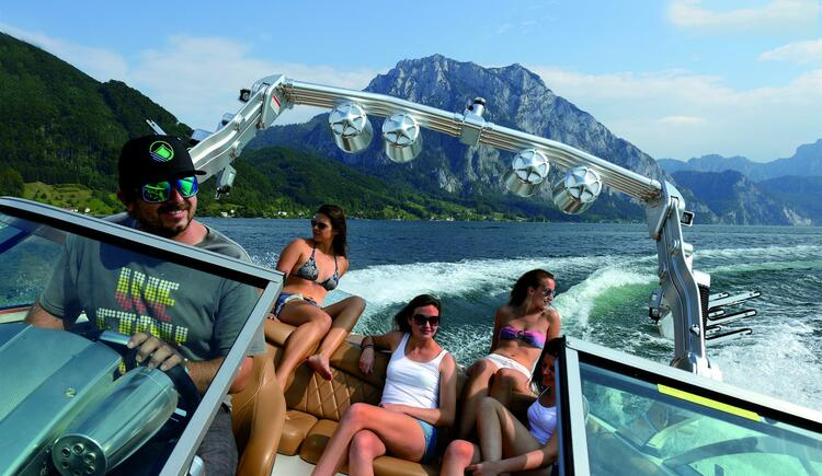 Motorboot Tour am Traunsee (© TVB Traunsee-Almtal)