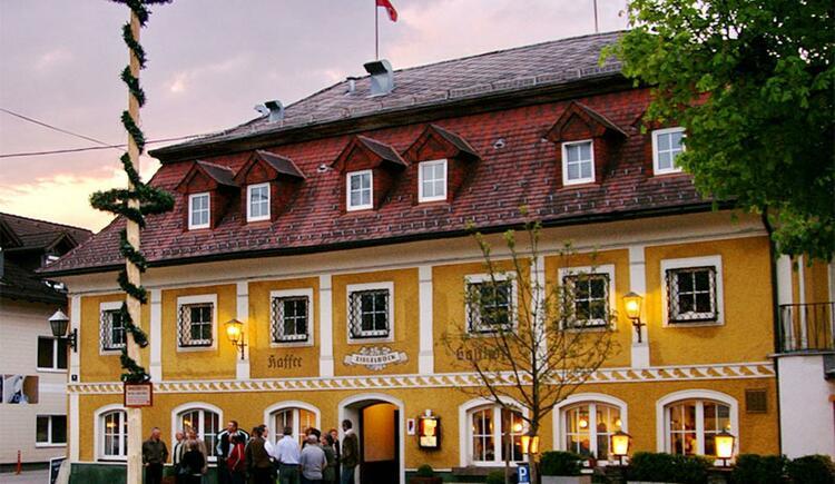 Traditionsbetrieb mitten in Vorchdorf (© GH Ziegelböck)