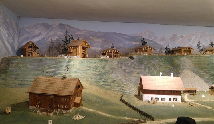 The Homeland and Landlermuseum houses models of houses and huts in Bad Goisern. (© © Dachstein Salzkammergut)