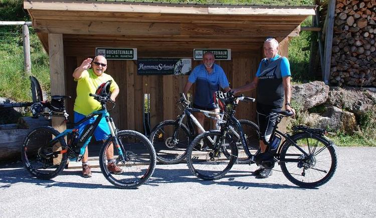 E-Bike Ladestation Hochsteinalm (© Almgasthof Hochsteinalm)