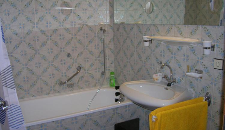 Badezimmer (WC extra)