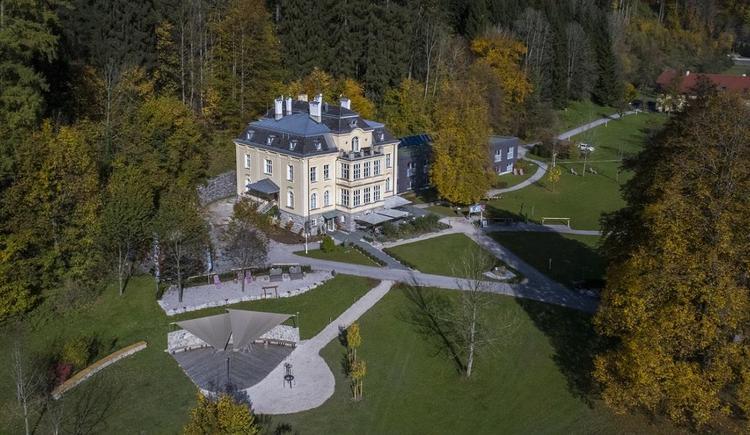 Villa Sonnwend Sommer_Luftaufnahme