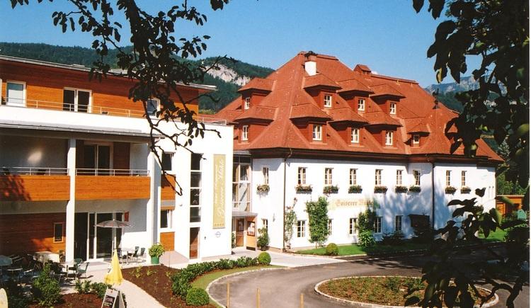 Das Hotel Goiserermühle befindet sich direkt beim Kurpark in Bad Goisern. (© Willi Eberl / Hotel Goiserermühle)