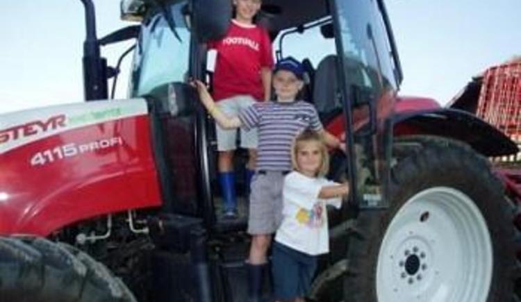 Einmal auf einem echten Traktor sitzen (© Privat)