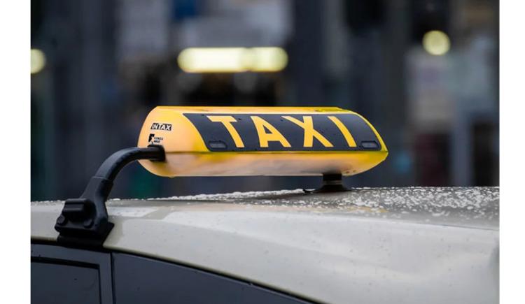 Taxi (c) Pixabay_Birgl (© Pixabay (c) Birgl)