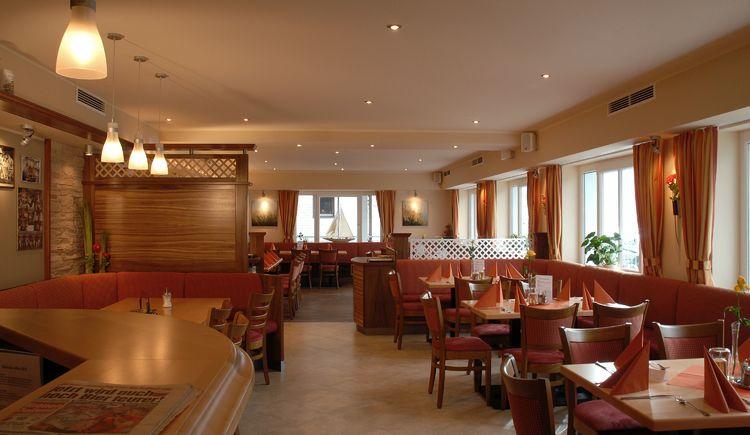 wohnlich und gemütlich eingerichtetes Restaurant. (© Luger)
