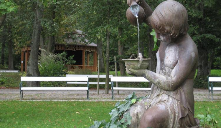 Brunnenweibchen im Park. (© Hapi)