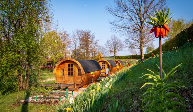 unsere neuen Schlaffässer. (© Camping Au an der Donau)
