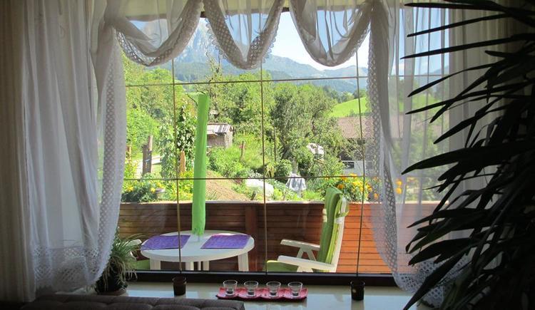 Panoramablick aus dem Wohnzimmer (© Esser)
