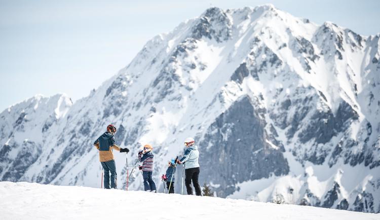 Pyhrn Priel_Winter_Wurzeralm_Skifahren_Familie_Obe (© Oberösterreich Tourismus GmbH/Moritz Ablinger)