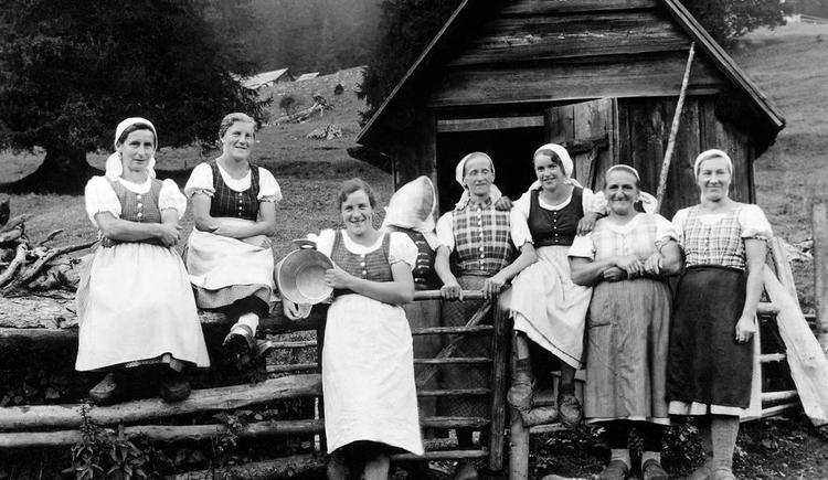 Sennerinnen im Wilderermuseum St. Pankraz (© Wilderermuseum)