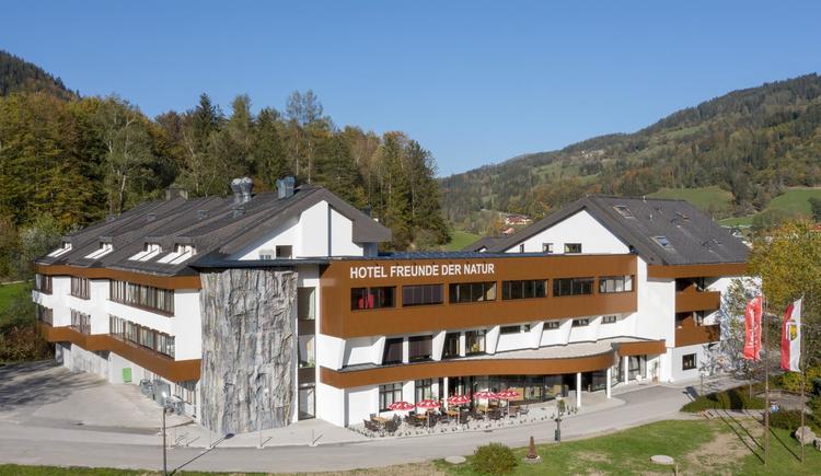 Hotel mit Kletterwand (© Hotel Freunde der Natur)
