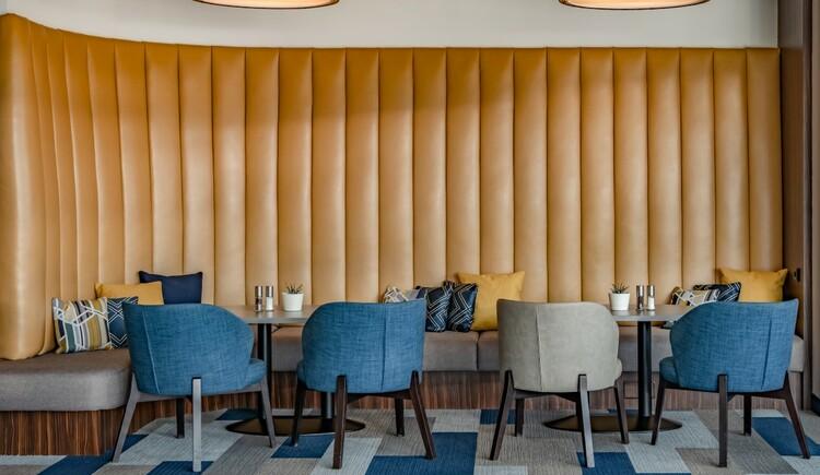 K&B Lounge (2) (© Courtyard by Marriott)