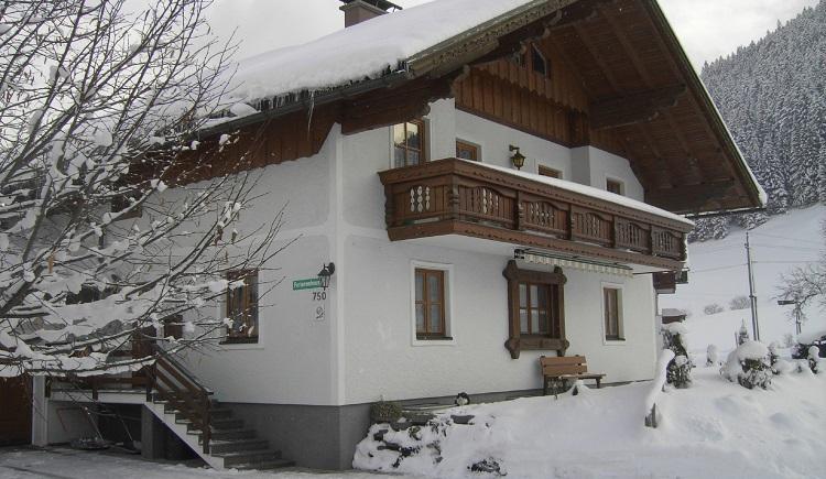 Unser Haus im Winter. (© Hubner Hans)