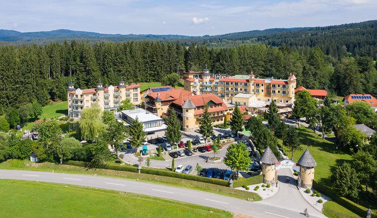Hotel Guglwald****s Luftaufnahme (© Hotel Guglwald)