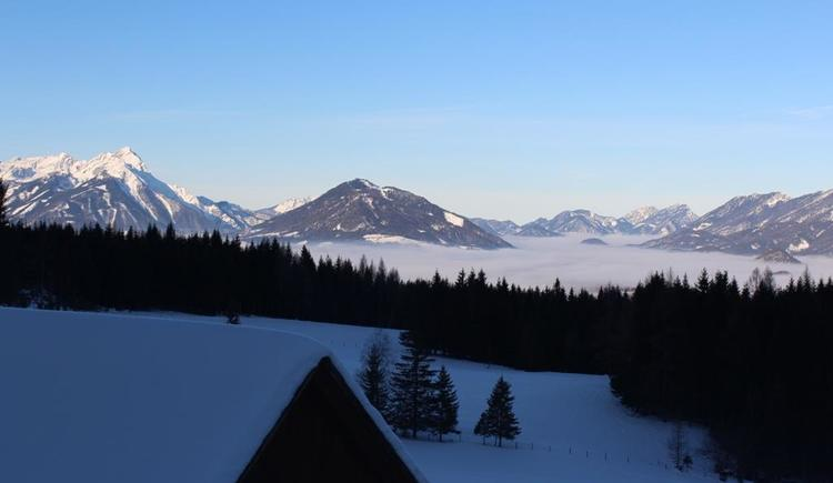 Blick von der Hütte zumToten Gebirge (© Unterranner)
