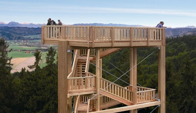 Erlebnisberg Luisenhöhe: Aussichtsturm Panoramablick (© Tourismusverband Urlaubsregion Vitalwelt Bad Schallerbach)