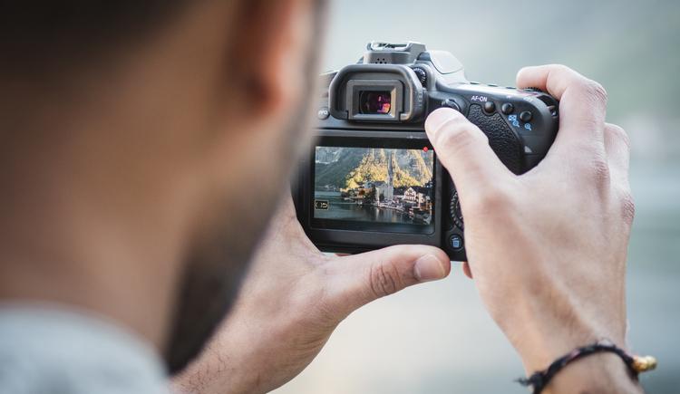 Mit LAKEVIEWr kannst du eine Fototour durch Hallstatt machen!