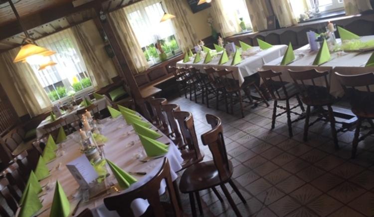 Dorfwirt Enzenhofer, Gaststube