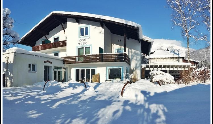Hotel Oase im Winter (© Hotel Oase)