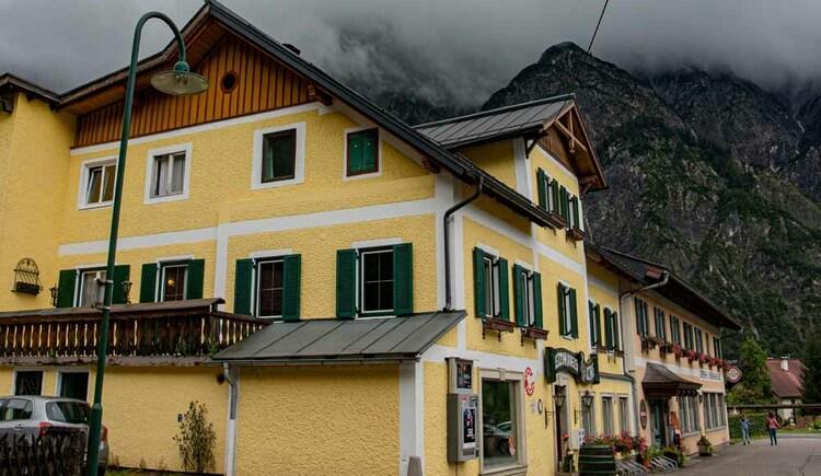 Außenansicht der Butchi-Suite in Bad Goisern. (© Sommerfrische Apartments)