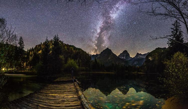 Schiederweiher bei Nacht (© Bernhard Paschinger)