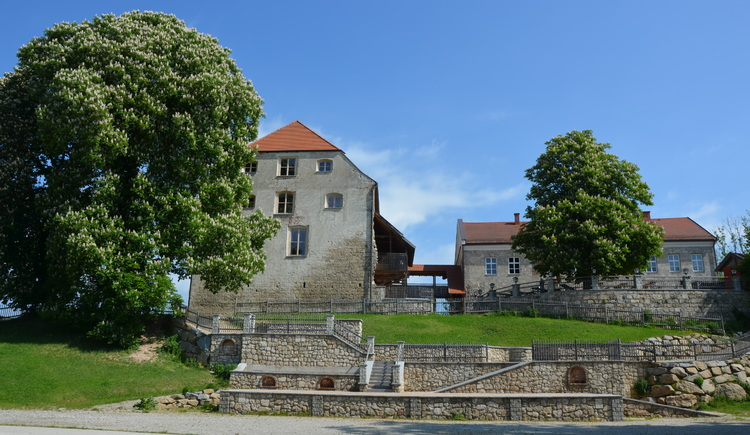 Theateraufführung im Salzstadel der Burg Frauenstein