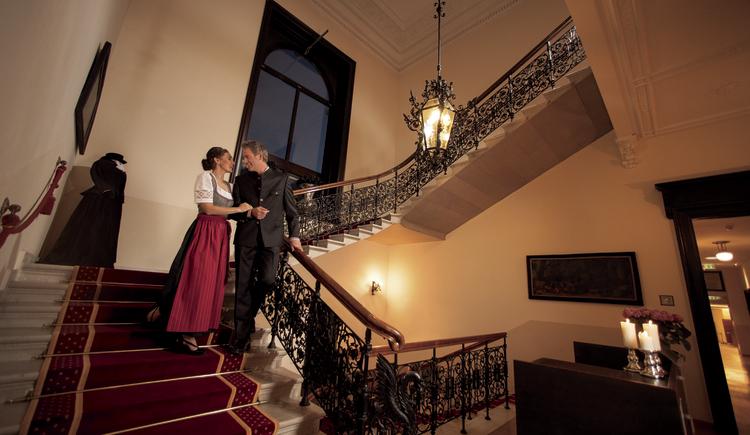 prachtvoller Stiegenaufgang in der Villa Seilern (© Villa Seilern Betriebs GmbH, www.villaseilern.at)