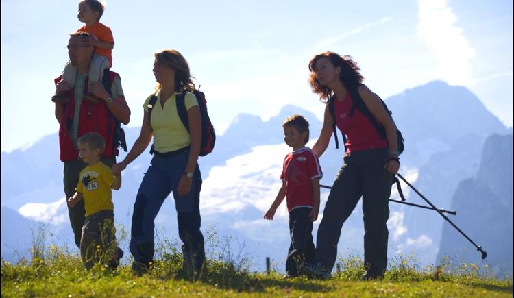 Wandern auf der Zwieselalm. (© Ehrenfried Vierthaler)