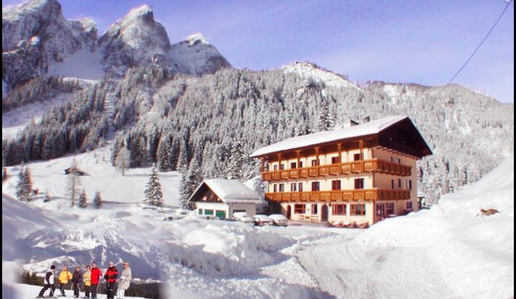 Der Gasthof im Winter. (© Ehrenfried Vierthaler)