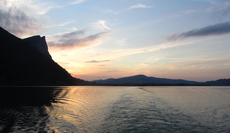 Sonnenuntergang auf den Mondsee. (© Tourismusverband MondSeeLand)
