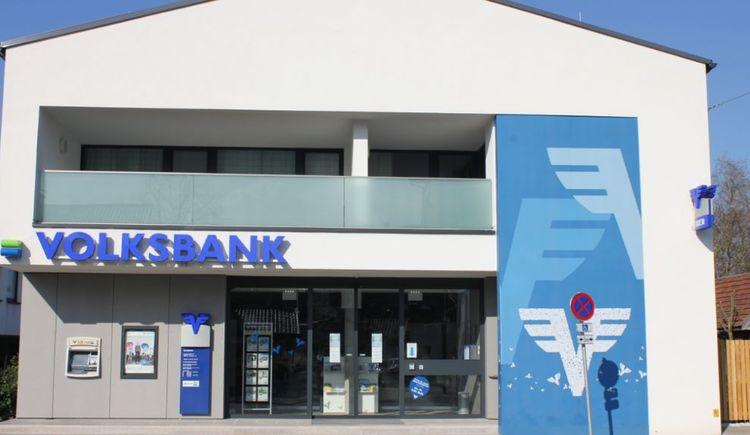 Foto zeigt die Volksbank St. Georgen im Attergau in Oberösterreich.