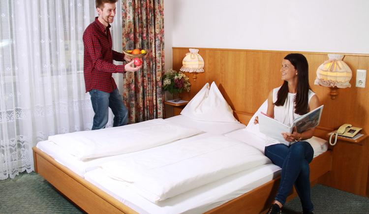 Gemütliches Doppelzimmer im Gasthof Gosauschmied. (© Hotel Gasthof Gosauschmied)