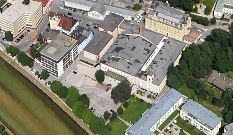 Luftbildaufnahme Parkplatz Salinenplatz (© Oskar Neubauer)