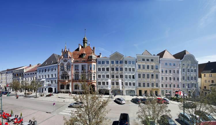 Stadtplatz mit Rathaus.jpg (© photo ernesto)