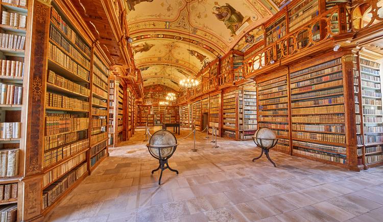 Bibliothek (© Foto Wimmer)