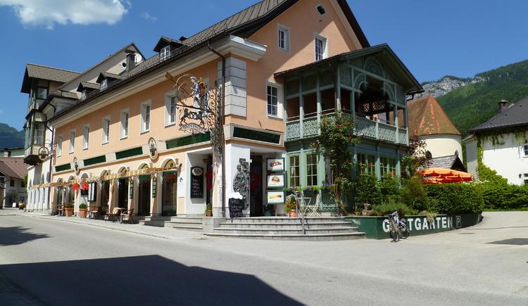 Das Café Maislinger befindet sich in der Nähe des Marktplatzes in Bad Goisern. (© Ferienregion Dachstein Salzkammergut / Eckel Lisa)