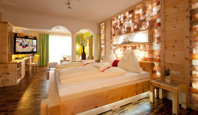 Zimmer im Hotel Winzer****, in Sankt Georgen im Attergau. (© Hotel Winzer****)