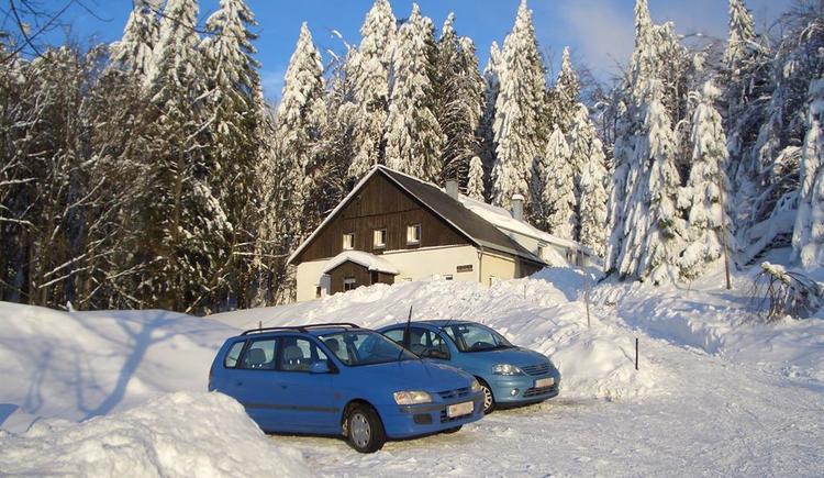 Waldhaeusl im Winter (© Privat)