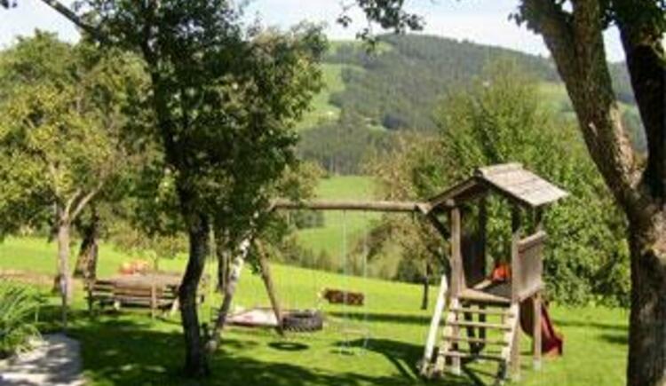 Spielplatz (© Bauernhof Obere Wolfsgrub)