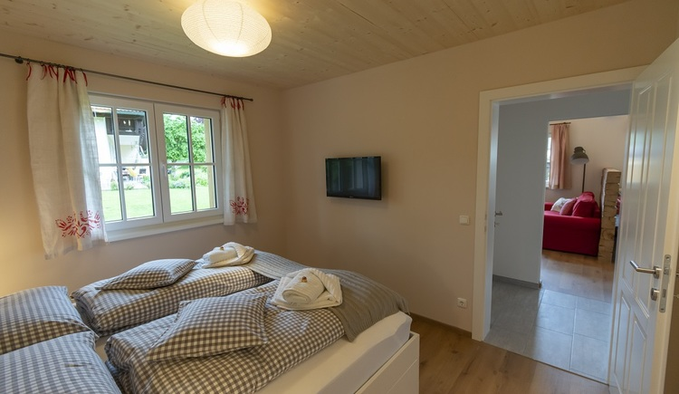 In the inviting bedroom on the ground floor two people can be accommodated.