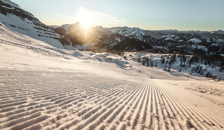 Pyhrn Priel_Winter_Wurzeralm_Skifahren_Oberoesterr (© Oberösterreich Tourismus GmbH/Moritz Ablinger)