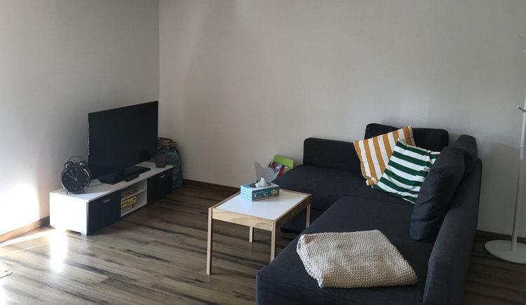 Tv- Bereich mit Couch