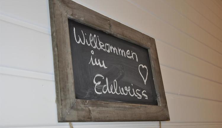 Willkommen (© Edelweiss Alpine Lodge)