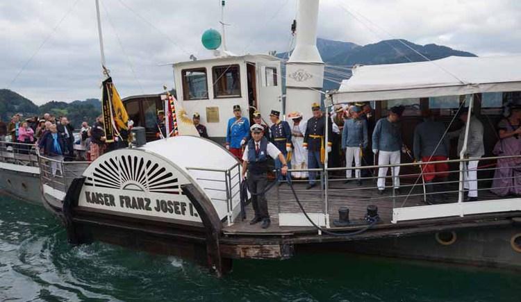 Ankunft von Kaiser Franz Josef an der Seepromenade in St. Gilgen. (© WTG)