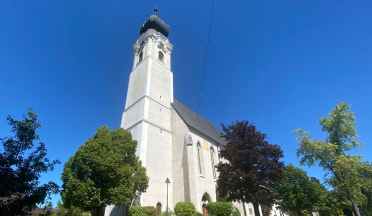 Pfarrkirche St. Georgen im Attergau. (© TVB Attersee-Attergau/Katharina Ott)
