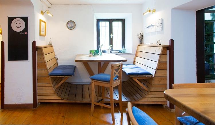 Gast Haus Berndt Seglerrbank Barbereich Seglerschein Attersee Aufham