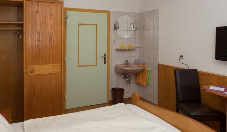Rosslwirt - Doppelzimmer UG (© Josef Gattinger)