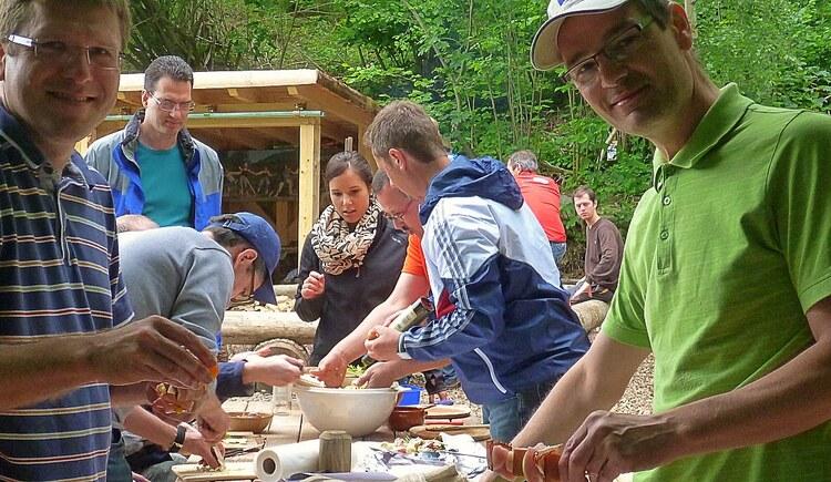 Kochen im Team (© Abenteuer Management)